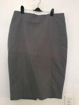 Forecast Skirt Size 10