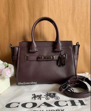Coach Swagger 27 in oxblood