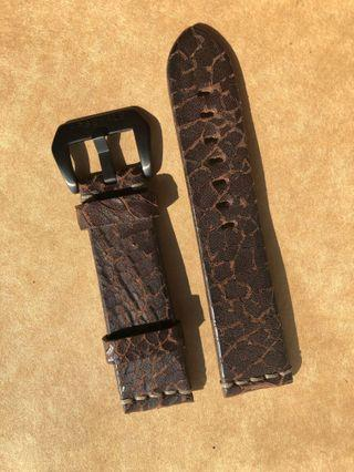24mm Distressed Leather Strap
