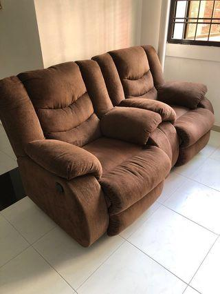 Mint condition Recliner Single sofa for sale