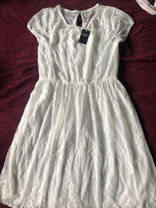A&F超靚白色蕾絲A字裙連身裙Abercrombie & Fitch white soft lace skater dress AF Hollister HCO