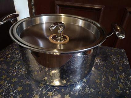 New 24 cm 5 ply Stainless Steel Pot