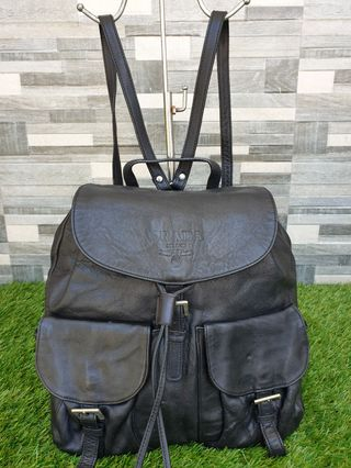 6e17d683b3e5 lv backpack