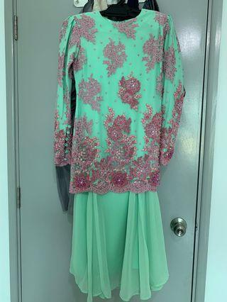 Lacey Beaded Kurung Moden
