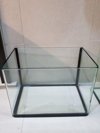 Cheap 2 Fish Tanks for the price of one