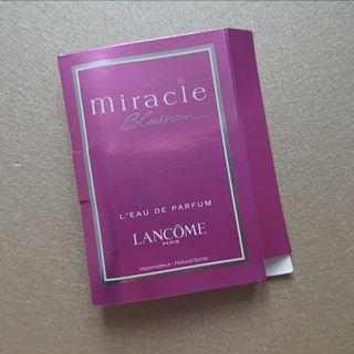 lancome miracle blossom l'eau de parfum 香水