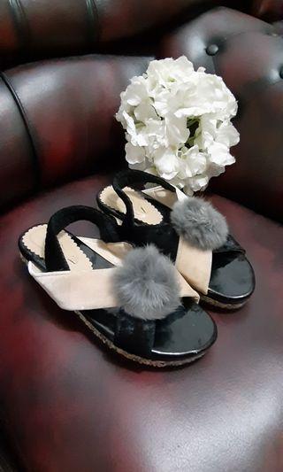 Sandal brudru