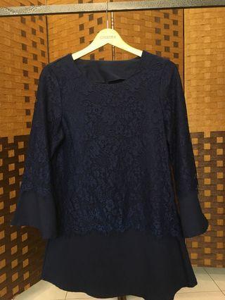 Blouse/ Top/Shirt