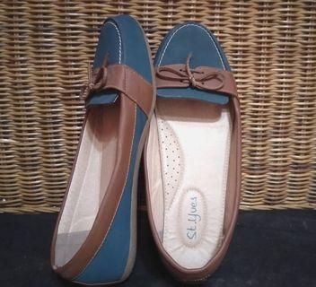 Flatshoes woman St. Yves size 39 preloved