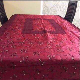 🚚 [HARI RAYA SALE!] Royal Red Sequined Table Cloth