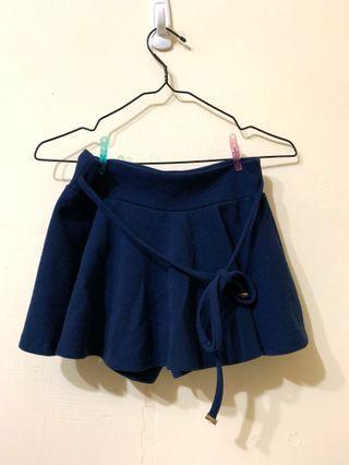 🚚 寶藍色短褲裙彈性好