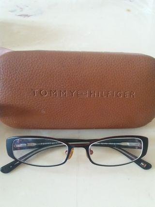TOMMY HILFIGER GLASSES ORI 100% (MONEY BACK GUARANTEE)