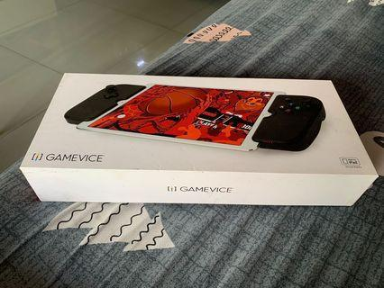 "🚚 Gamevice IPad Pro 10.5"" controller"