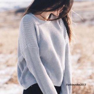🚚 brandy melville grey lilac bronx sweater