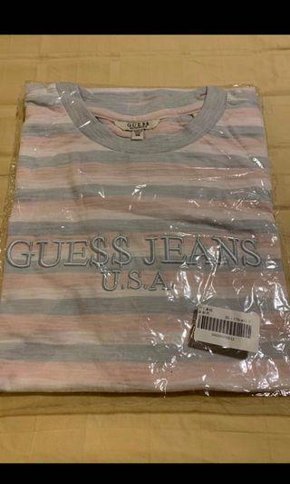 🚚 Guess Tee