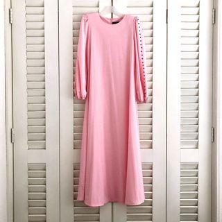 Jubah dress in Pink #Carouraya #GayaRaya