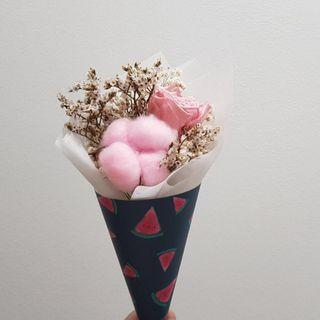 🚚 [Gorgeous af.] $13 only. <out of stock> Preserved rose with pink cotton and dried flowers, watermelon cone bouquet
