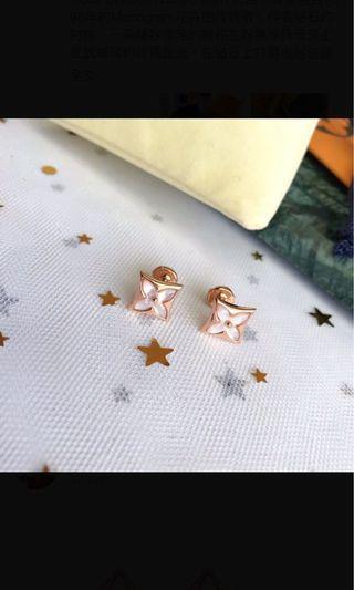 LV 耳環。(三款同價)