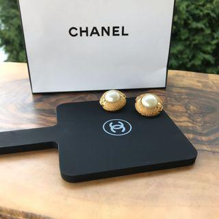 Chanel Gold Pearl Earrings Authentic VTG