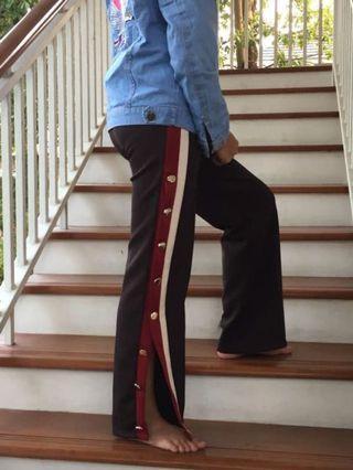 Stripe Button Stradi
