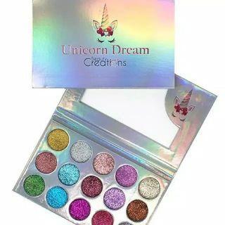 Eyeshadow shimmer unicorn