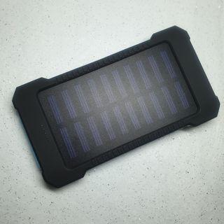 🚚 【現貨 12H出貨】20000mAh 太陽能行動電源 高規格 矽膠防滑 防水 防滑 行動充 LED燈