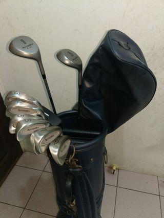 亞瑟士早期高爾夫球杆組