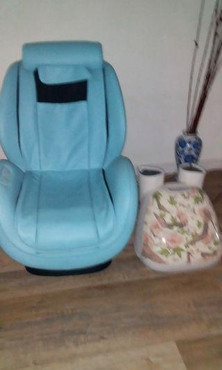 Massage chair and leg massager