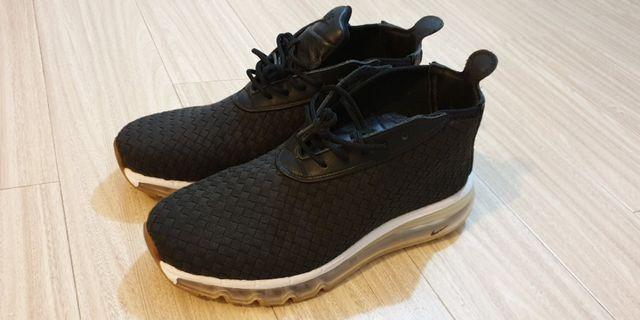 Nike黑色運動鞋