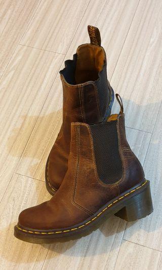 Dr.Martins Boots