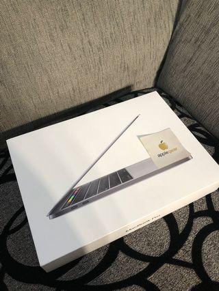 Macbook Pro 2018 Touchbar MR9Q2 256GB Mulus like new