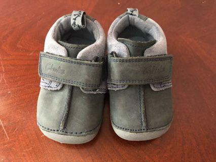 🚚 Clarks First Shoes