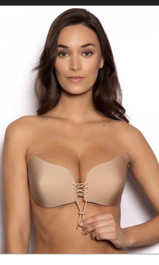 Adjustable stick on bra