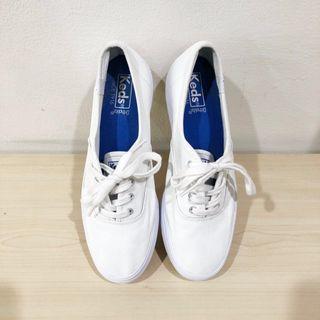 Sepatu Wanita Brand Keds