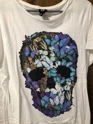 🚚 H&M Floral Skull T-Shirt