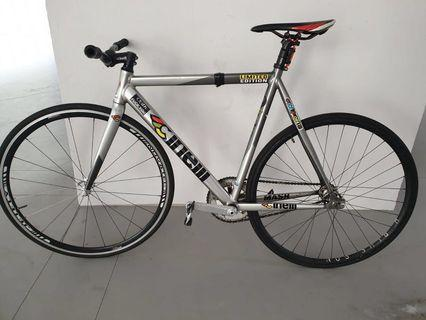 Cinelli Mash Bolt 2012 FULL BIKE