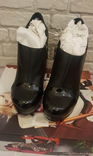 Dfuse shoes