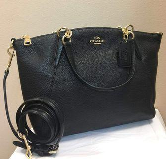 Authentic coach small kelsey in pebble leather