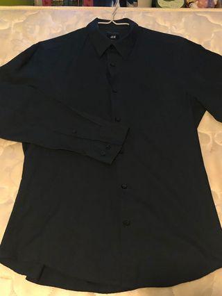 H&M dark blue men shirt