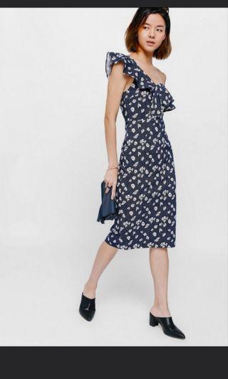 🚚 Love Bonito Yulyn floral off Shoulder midi dress.