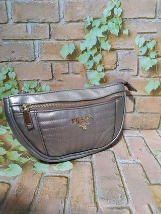 Sale ! Waist Bag Prada NEW with tag
