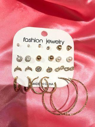 Anting bulat / anting kecil / earrings