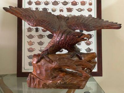 老鷹木雕、古董收藏                                 鷹擊毛摯 氣吞天下   0966-787892
