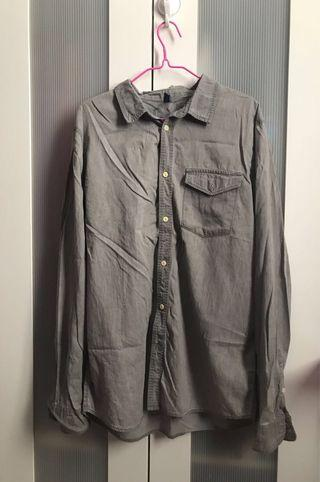 GRAY SIDE POCKET LONG SLEEVES BUTTONED TOP