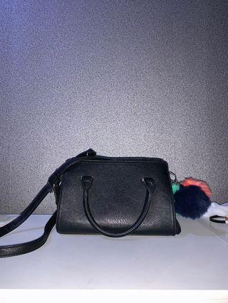 Stradivarius hand bag / sling bag carryall