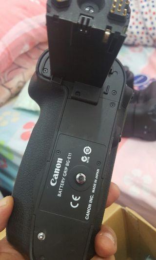 Canon Battery Grip BG-E11 ( 5D Mark 3)
