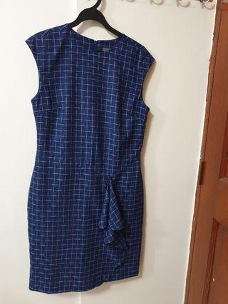 🚚 Office Dress