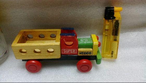 🚚 47.早期木頭玩具