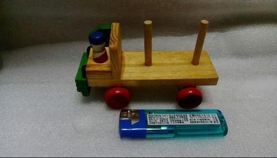 🚚 48.早期木頭玩具車
