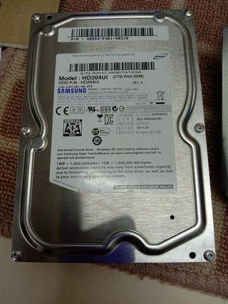 hard disk 2TB almost new